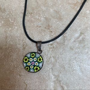 Jewelry - 🌸 Painted Flower Necklace